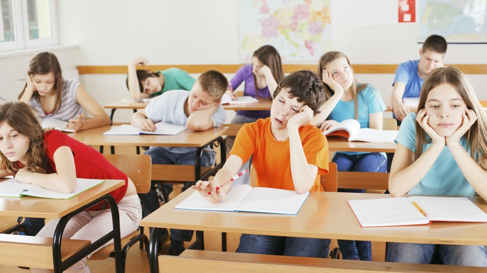 Cách chống buồn ngủ trong giờ học