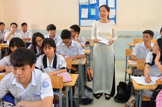 Làm nghề giáo viên bạn sẽ rèn luyện được cách sống có mẫu mực với xung quanh