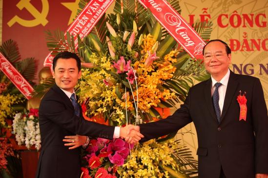 PGS.TS Nguyễn Văn Cường - Văn phòng Chính phủ tới chúc mừng Trường Cao đẳng Bách khoa Tây Nguyên