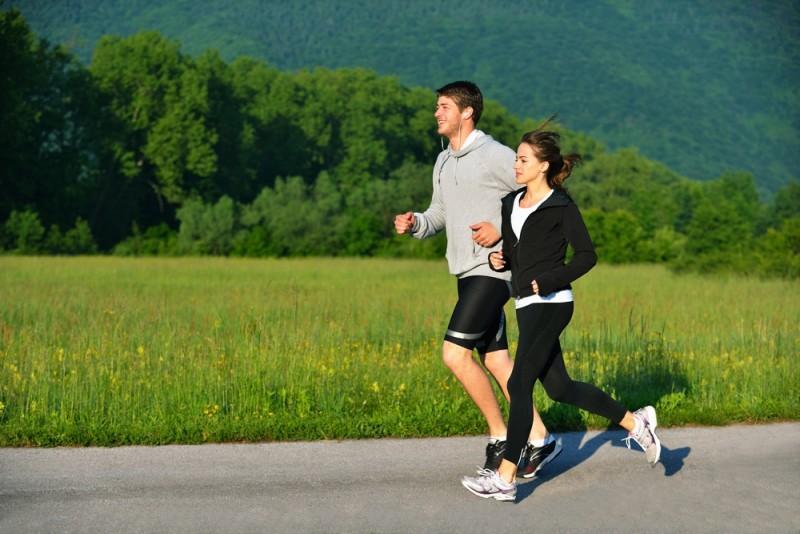 Tinh thần thoải mái khi chạy bộ buổi sáng